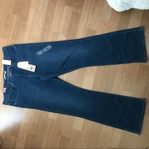 Levi's Jeans - NWT Levi's Womens Shaping Bootcut Jeans